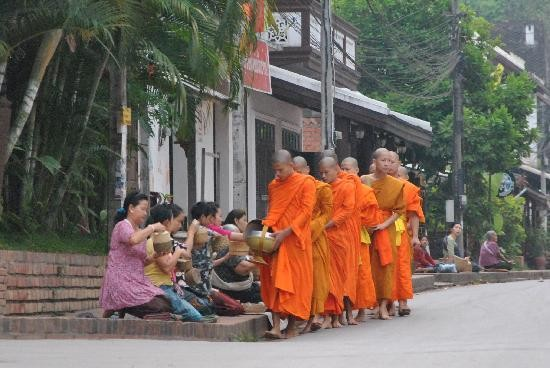 monks-6-6-30am-time-to